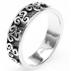 Silver Triskel Ring