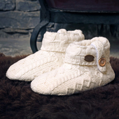 Aran Woolen Mills Ecru Boots Slippers